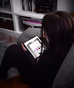 La versión oficial será que sólo jugó con el iPad veinte minutillos...